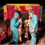 कोभिड केन्द्रमै पीपीई लगाइ विवाह